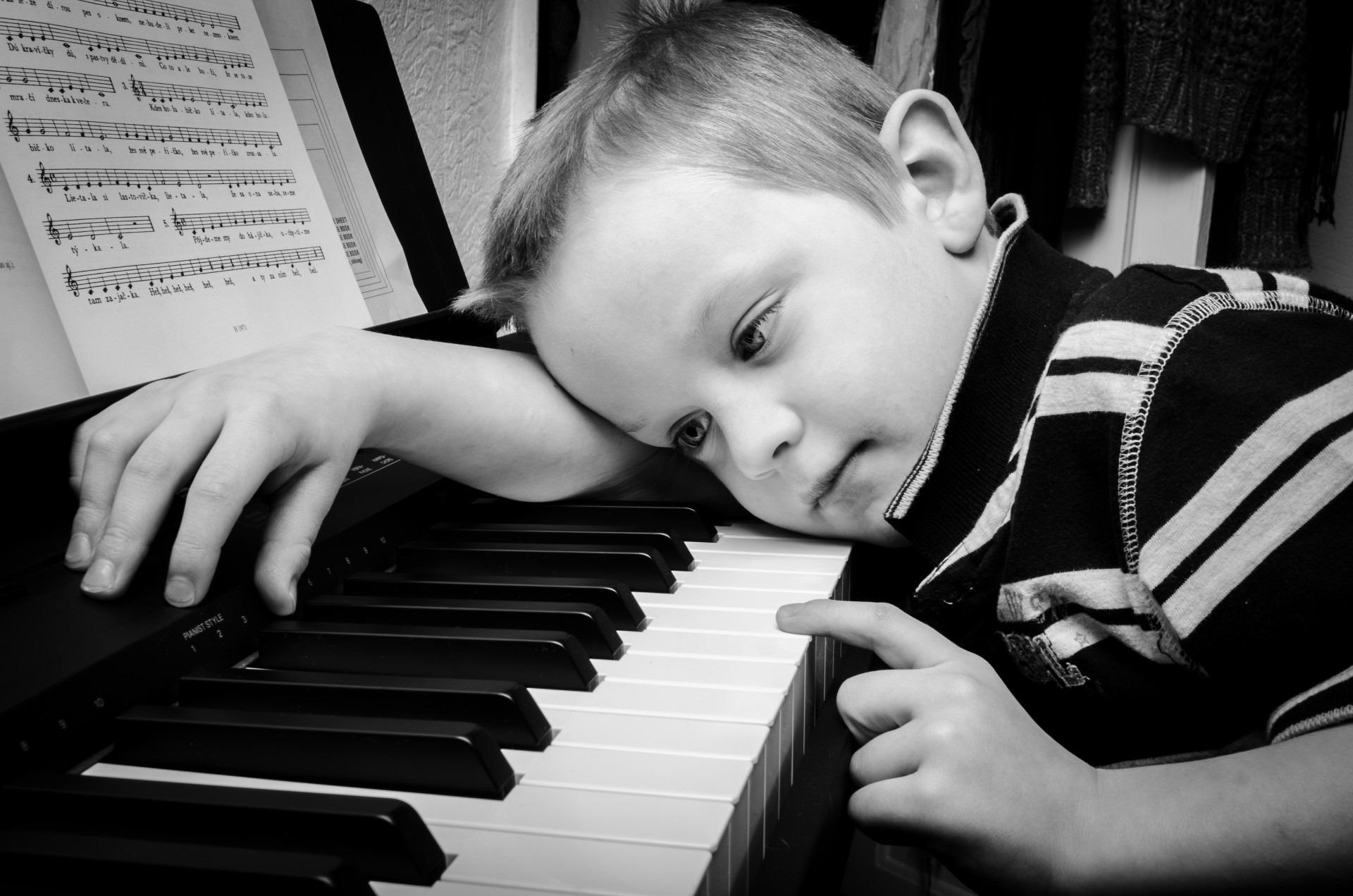 小学生の子供がピアノを練習しないときにやる気をださせる方法